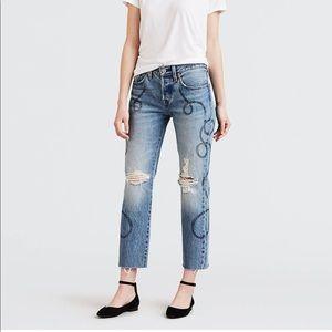 Levi's 501 Original Crop Jeans in Birthday Bae